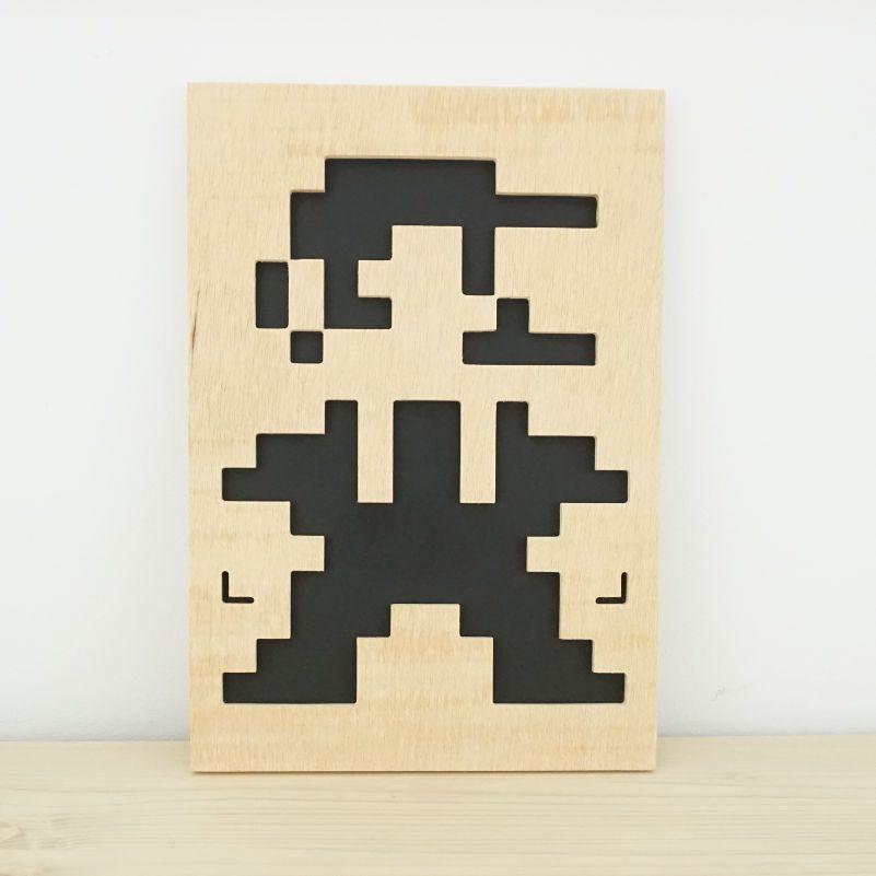 Retrato Mario madera 8 bits